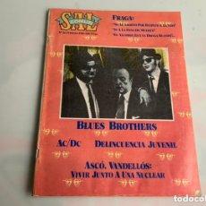 Revistas de música: SAL COMUN Nº 36, FEBRERO DE 1981:BLUES BROTHERS.AC/DC.DE GIRA CON PACO DE LUCIA. Lote 173923860