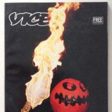 Revistas de música: VICE VOLUMEN 2 NÚMERO 10 UNA WICCANA DEVO PORNO STAR DE 74 AÑOS CRISH CUNNINGHAN Y OTRAS PARANOIAS. Lote 225906760