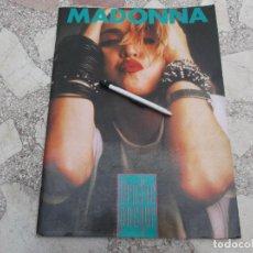 Riviste di musica: MADONNA, GRAFIC POSTER, MUCHAS FOTOS TAMAÑO 30 X 41, 32 PAGINAS, EN COLOR ,. Lote 224304223