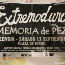 Revistas de música: EXTREMODURO + MEMORIA DE PEZ : POSTER CONCIERTO PALENCIA (GIRA 2008). Lote 234927870