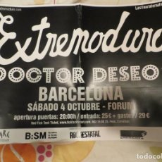 Revistas de música: EXTREMODURO + DOCTOR DESEO : POSTER CONCIERTO BARCELONA (GIRA 2008). Lote 234928445
