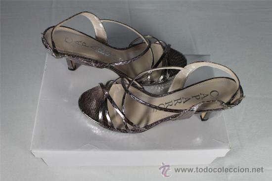 Señora Oscura Sandalias Direct Plateadas Plata Through Sold Mujer j5qAL34R