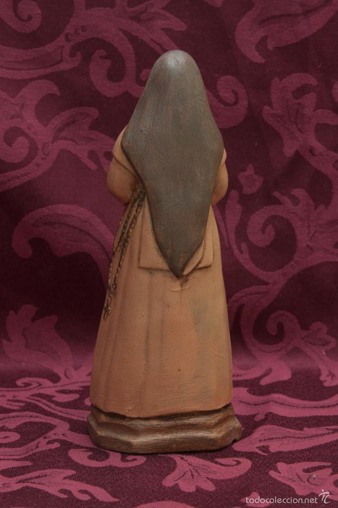 Nuevo: Bonita figura de Santa Angela de 21 ctm de altura - Foto 4 - 57396408