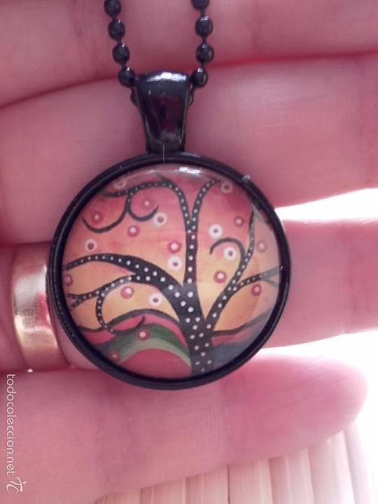 Nuevo: Colgante con cabuchón con dibujo de árbol de la vida de estilo africano. Incluye cadena. - Foto 3 - 230044590
