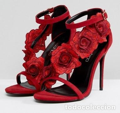 sitio de buena reputación 88f3c efaed Sandalias de tacón rojas con flores talla 39