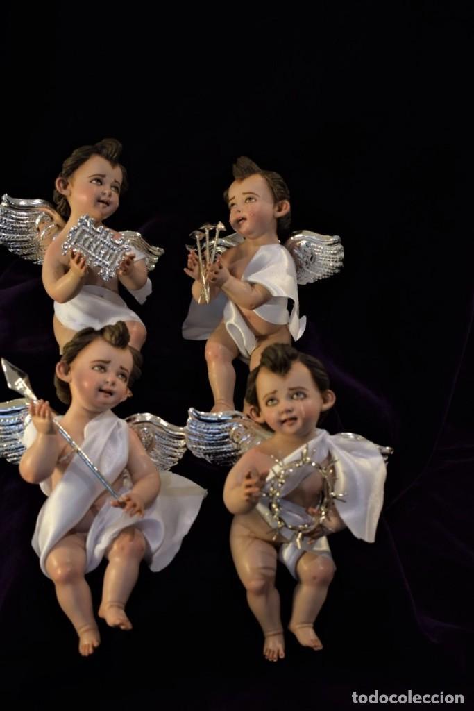 Nuevo: 4 BELLÍSIMOS ÁNGELITOS PASIONARIOS de 20 cm con accesorios hechos a mano bañados en plata. - Foto 2 - 217959406