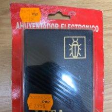 Nuevo: AHUYENTADOR ELÉCTRICO DE CUCARACHAS POR ULTRASONIDOS JATA NUEVO. Lote 219917162