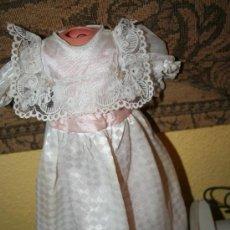 Otras Muñecas de Famosa: VESTIDO COMUNION MUÑECA FAMOSA . Lote 25675866