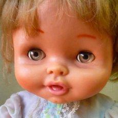Otras Muñecas de Famosa: MUÑECA RUBIA, FABRICADA POR FAMOSA., ONDINA, OJOS DURMIENTES, IRIS MARGARITA, 40 CM. Lote 28362274