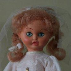 Otras Muñecas de Famosa: MUÑECA MUÑECO EVELIN DE FAMOSA COMUNION EN CAJA ORIGINAL. APARECE EN LIBRO LAS MUÑECAS DE FAMOSA. Lote 29807045
