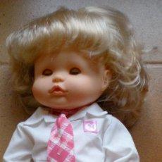 Otras Muñecas de Famosa: MUÑECO MUÑECA FAMOSA NENUCO MODERNO COLEGIO COLEGIAL COLEGIALA. Lote 29875914
