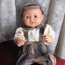 Otras Muñecas de Famosa: PRECIOSO NENUCO CON TRAJE A ESTRENAR. Lote 31221702