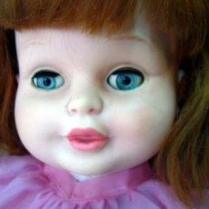 Otras Muñecas de Famosa: MUÑECA TELVITA, TELVA, FAMOSA, PELIRROJA, OJOS DURMIENTES, IRIS MARGARITA, GRAN TAMAÑO, 55 CM, 1960S. Lote 33076982
