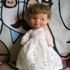 Otras Muñecas de Famosa: MUÑECA RAPADIÑA O TUNANTE DE FAMOSA DE NOVIA AÑOS 60 COMPLETA DE ORIGEN PELO CORTO DE ORIGEN. Lote 63982205