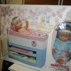 Otras Muñecas de Famosa: NENUCO CON BAÑERA / VESTIDOR NUEVO AÑOS 80 FAMOSA. Lote 37648633