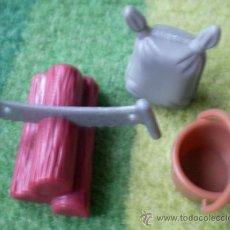 Otras Muñecas de Famosa: ACCESORIOS PINYPON FAMOSA, 3 PIEZAS. Lote 43057815