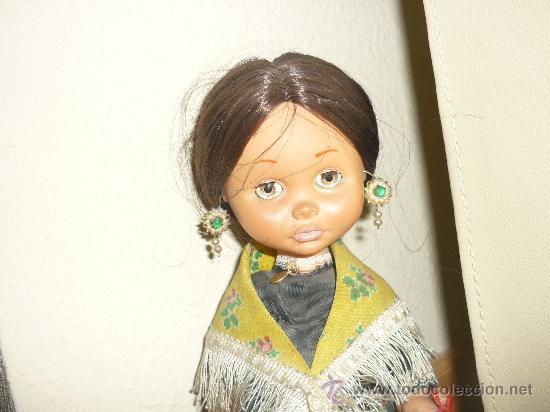 Otras Muñecas de Famosa: PRECIOSA MUÑECA MARILOLI ? DE FAMOSA CON TRAJE REGIONAL JOTA Y OJOS DURMIENTES AÑOS 70 - Foto 2 - 37105765