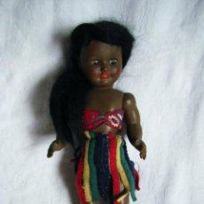 Otras Muñecas de Famosa: MUÑECA DE FAMOSA - NEGRA - NEGRITA - CELULOIDE - AÑOS 50 O 60 - MUY BONITA. Lote 39628542