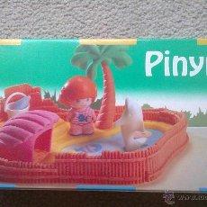 Otras Muñecas de Famosa: PINYPON PIN Y PON DELFINARIO REF 2377 FAMOSA NUEVO. Lote 39662161