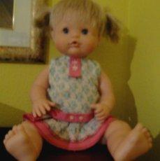 Otras Muñecas de Famosa: NENUCA D FAMOSA, ROPA ORIGINAL , MÁS MODERNA.. Lote 42160202