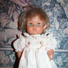 Otras Muñecas de Famosa: MUÑECA NENUCA DE FAMOSA TRAJE ORIGINAL . Lote 45308238
