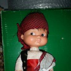 Otras Muñecas de Famosa: RAPACIÑO REGIONAL PELO MORENO FAMOSA AÑOS 70. Lote 46961343