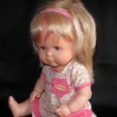 Otras Muñecas de Famosa: VESTIDO PARA MUÑECA NENUCO, NENUCA ROPA ORIGINAL Y DIADEMA. Lote 47901397
