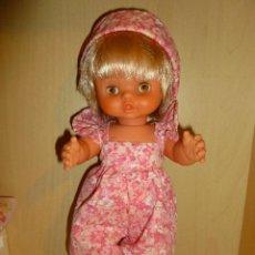 Otras Muñecas de Famosa: CHIQUITINA DE FAMOSA, AÑOS 70, OJOS MIEL MARGARITA, VESTIDA Y CALZADA DE ORIGEN. Lote 47954367