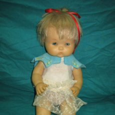 Otras Muñecas de Famosa: MUÑECA DE FAMOSA. MIDE 38 CM. Lote 48777180