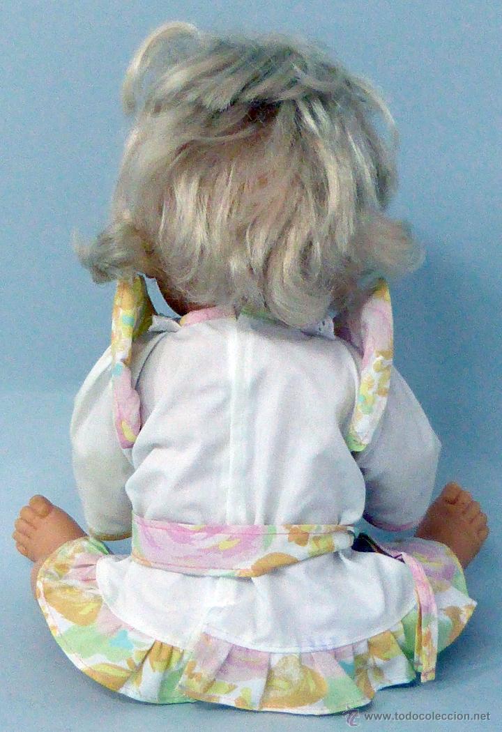 Otras Muñecas de Famosa: Nenuca Nenuco muñeca Famosa Set Casa Maletín vestido original años 90 - Foto 4 - 49539939