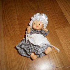Otras Muñecas de Famosa: BARRIGUITAS FAMOSA CON TRAJE ABUELA SERIE CUENTOS CUENTO CAPERUCITA EL LOBO ORIGINAL 80 B.E. DIFICIL. Lote 49995126