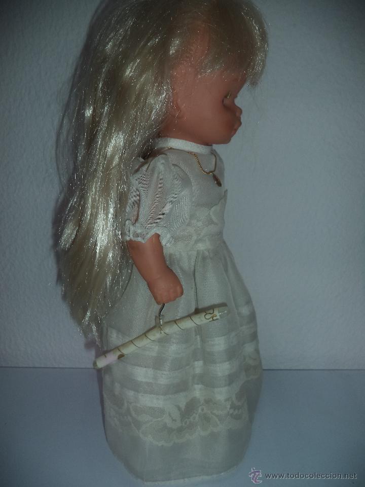 Otras Muñecas de Famosa: ,Famosa.Vestida de Primera comunión,original,es la muñeca de las fotos - Foto 2 - 154596010