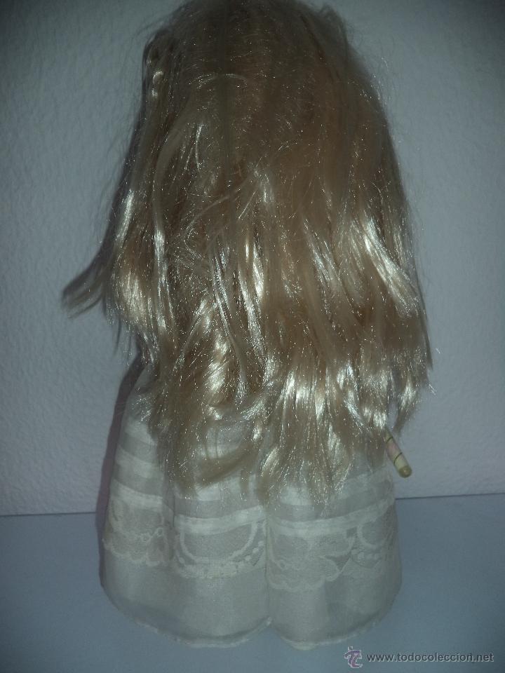 Otras Muñecas de Famosa: ,Famosa.Vestida de Primera comunión,original,es la muñeca de las fotos - Foto 3 - 154596010