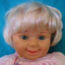 Otras Muñecas de Famosa: MUÑECA DE FAMOSA. MIDE 47 CM. Lote 50307106