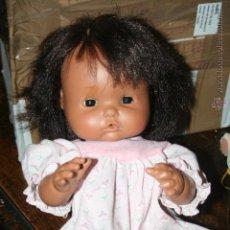 Otras Muñecas de Famosa: ANTIGUO MUÑECO NENUCO ESQUIMAL O MULATO . Lote 51325584