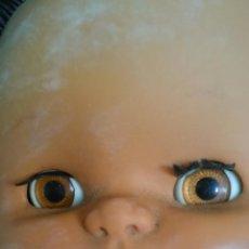 Otras Muñecas de Famosa: MUÑECA NEGRA DE FAMOSA IRIS MARGARITA TAMAÑO NANCY. Lote 51385480