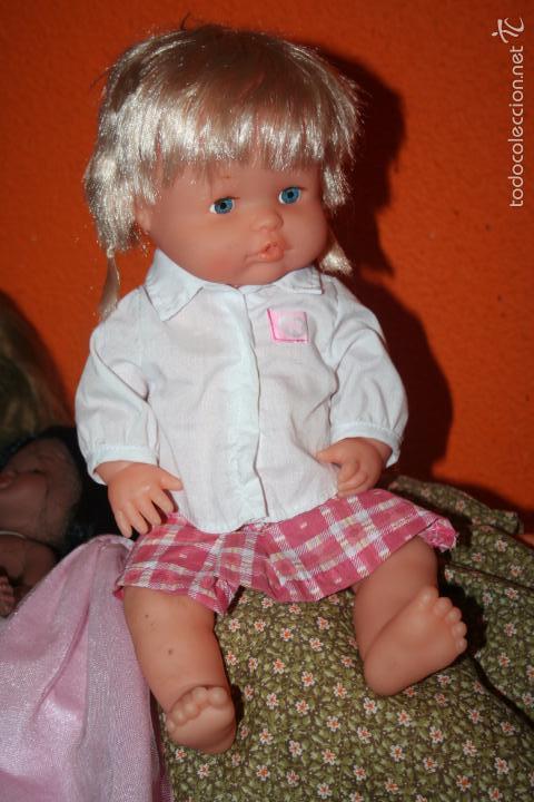 MUÑECA NENUCA COLEGIALA (Juguetes - Muñeca Española Moderna - Otras Muñecas de Famosa)