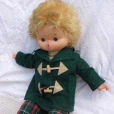 Otras Muñecas de Famosa: ANTIGUO Y RARO MUÑECO CUERPO BLANDO FAMOSA COLEGIAL AÑOS 70 FIELTRO PIERINO. Lote 55153014