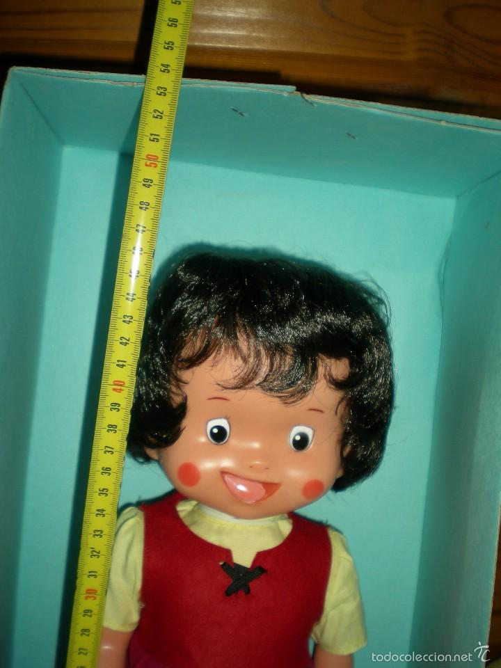 Otras Muñecas de Famosa: rareza heidi andadora grande de famosa nueva de jugueteria años 70 mide 47 cm dificilisima!!!.... - Foto 3 - 55364041