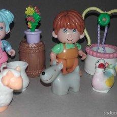 Otras Muñecas de Famosa: LOTE MUÑECO Y MUÑECA PIN Y PON PINYPON DE FAMOSA PERRO OVEJA PATO POZO BELEN. Lote 56283291