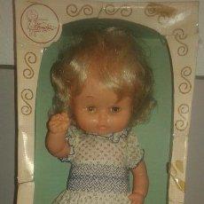 Otras Muñecas de Famosa: MUY DIFÍCIL MUÑECA SOLITA DE FAMOSA. VESTUARIO ORIGINAL. AÑOS 70. Lote 59695851