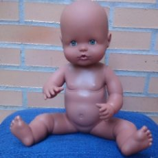 Otras Muñecas de Famosa: MUÑECO NENUCO DE FAMOSA NEGRO. Lote 59846752
