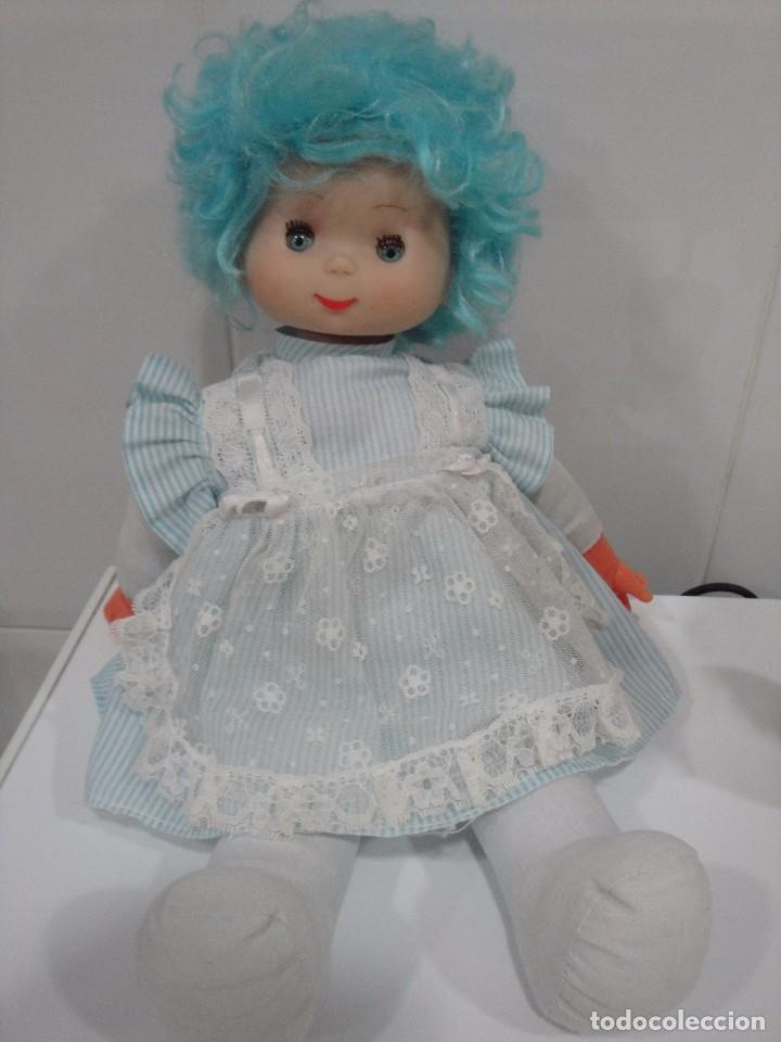 Otras Muñecas de Famosa: De Famosa, no se el nombre. Vestida - Foto 2 - 64211323
