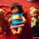 Otras Muñecas de Famosa: LOTE 3 MUÑECAS - BARRIGUITAS INDIA DE FAMOSA 97, SHELLY O KELLY DE MATTEL 1976 Y EVI LOVE DE SIMBA. Lote 66952606