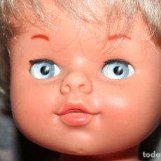 Otras Muñecas de Famosa: ANTIGUO MUÑECO DE FAMOSA MUÑECA IRIS MARGARITA PANSY CON ROPA ORIGINAL. Lote 95659214