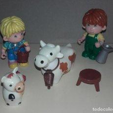 Otras Muñecas de Famosa: LOTE MUÑECA PIN Y PON DE FAMOSA CON ACCESORIOS MUÑECAS Y ANIMALES VACA. Lote 73931175