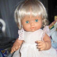 Otras Muñecas de Famosa: PRECIOSA NENUCA MODERNA COMO NUEVA. Lote 74258063