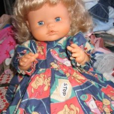 Otras Muñecas de Famosa: BONITO VESTIDO PARA NENUCA O SIMILAR. Lote 74259851