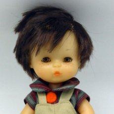 Otras Muñecas de Famosa: MAY MUÑECO FAMOSA AÑOS 80 ROPA ORIGINAL 21 CM ALTO. Lote 75510187