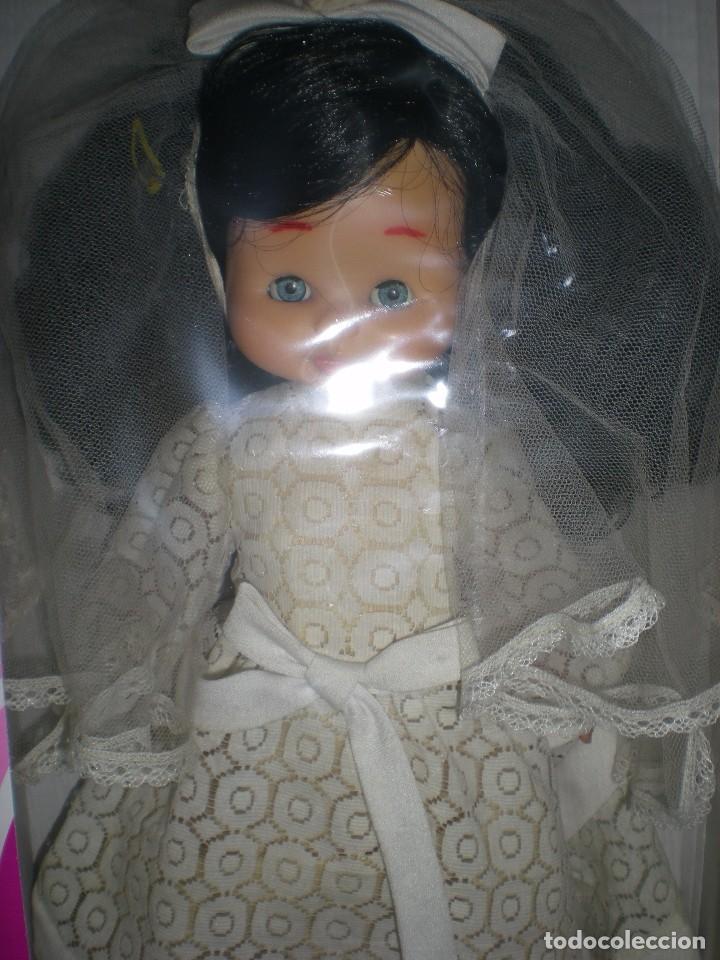 Otras Muñecas de Famosa: preciosa cabeza muñeca meggy o mari loli de famosa años 70 restaurada +regalo cuerpo y vestido novia - Foto 2 - 78190413